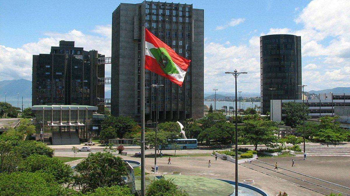 Motorista que causou acidente deve indenizar filhos da vítima em R$ 400 mil na Capital