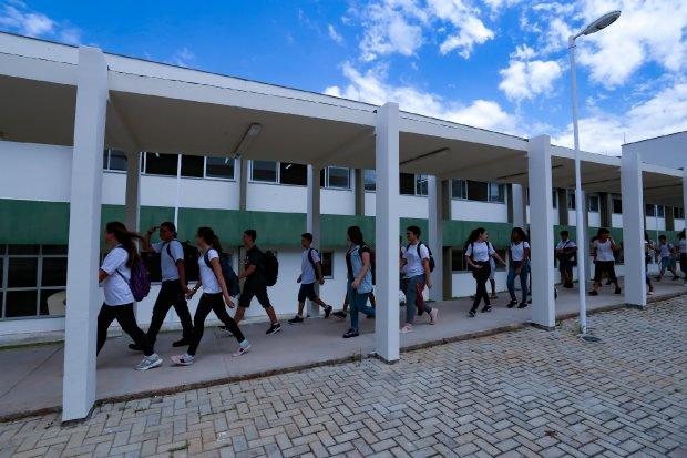 Retorno de alunos à sala de aula a partir do dia 19 de outubro na rede estadual em SC