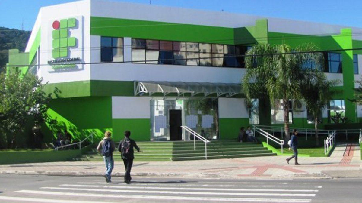 IFSC abre inscrições para especializações gratuitas nos Câmpus Chapecó e Lages
