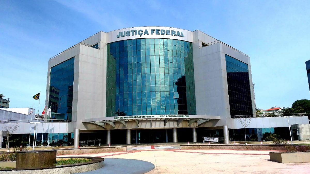 Operação Alcatraz: Mesmo com decisão do STF, Justiça Federal de Florianópolis mantém deputado Júlio Garcia afastado do cargo