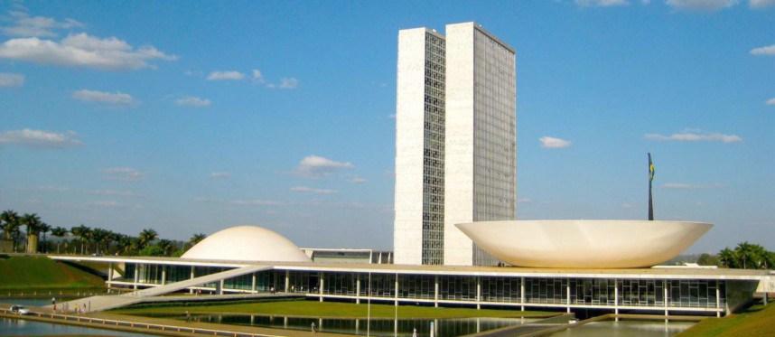 DataSenado: 56% dos brasileiros acompanham trabalhos do Senado