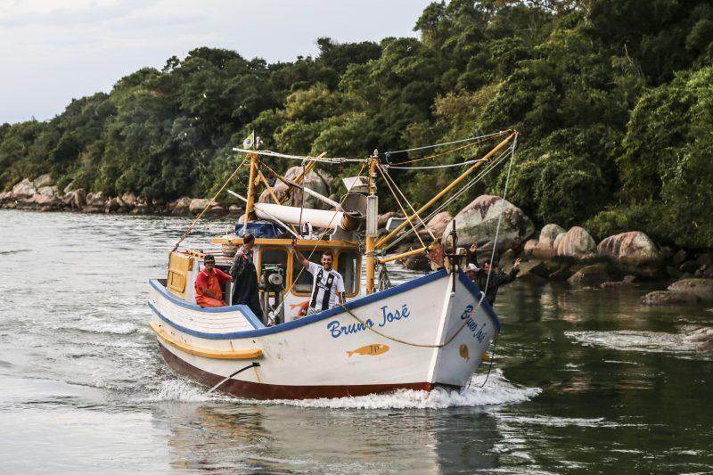 Governo do Estado reforça medidas de proteção para pesca de arrasto de praia