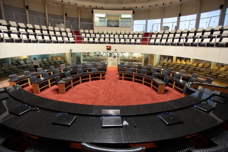 Deputados divergem sobre uso de autoridade para conter Covid em SC