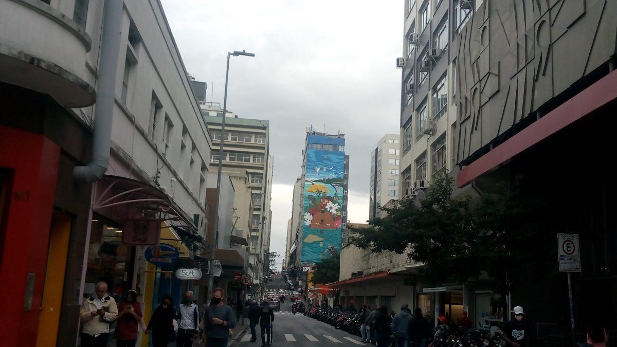 Comércio de Florianópolis registra queda nas vendas após suspensão do transporte público População está receosa e com a confiança abalada para fazer novas compras