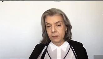 Ministra Cármen Lúcia vota para proibir Ministério da Justiça de elaborar dossiê contra antifascistas