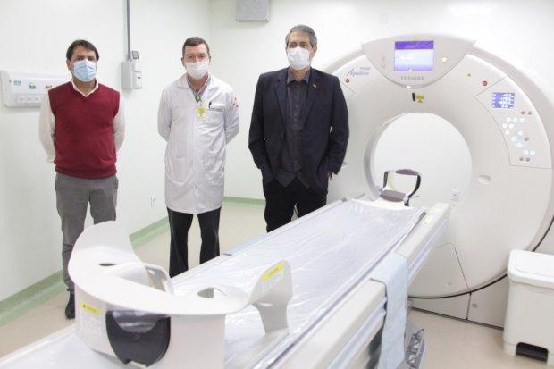 Novo aparelho de tomografia está em funcionamento no Hospital Celso Ramos