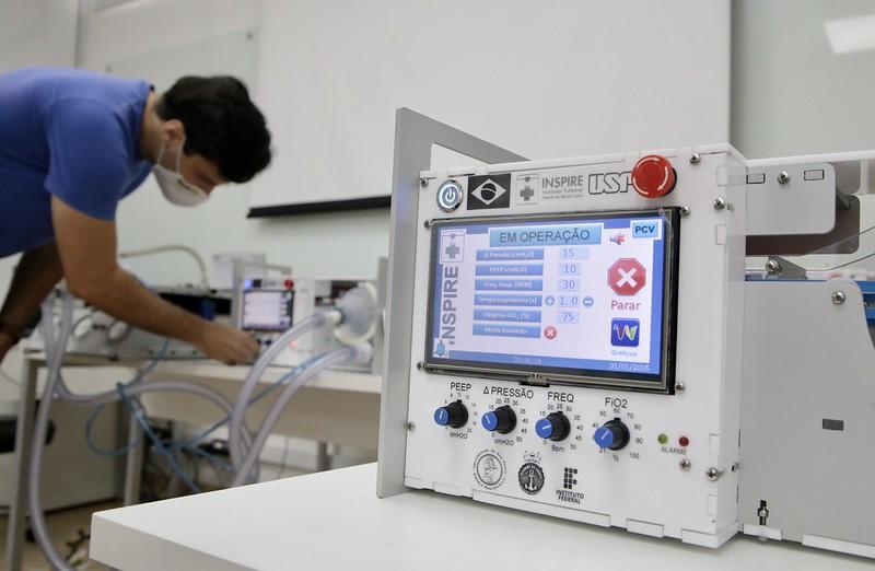 Anvisa autoriza produção e doação do ventilador pulmonar desenvolvido na USP