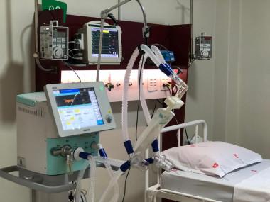 Dez novos leitos de UTI são ativados em hospital de Imbituba