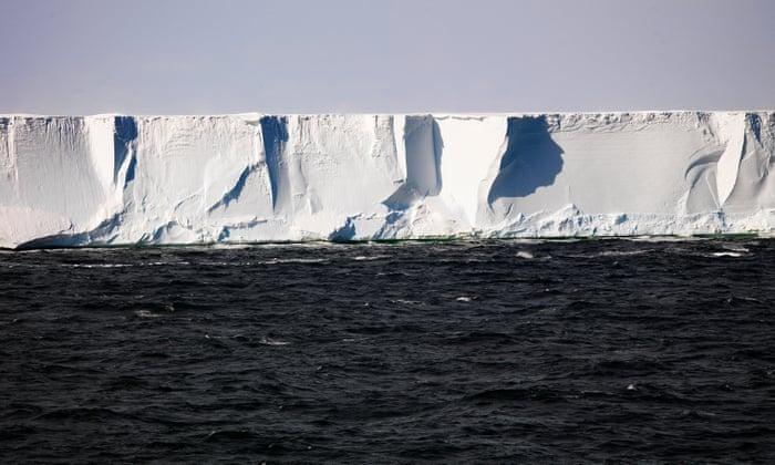 1/3 das plataformas de gelo na Antártica pode colapsar com aquecimento de 4°C