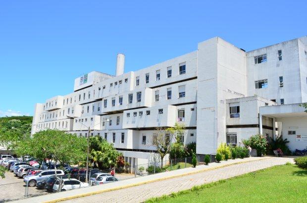 Hospital Regional de São José realiza primeira neurocirurgia com paciente acordado