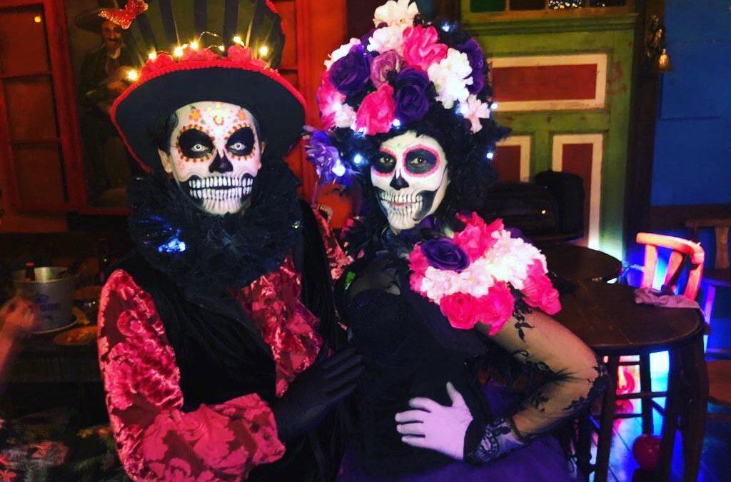 """""""Monstros"""" invadem o Jurerê Open Shopping no final de semana de Halloween voltado para as crianças"""