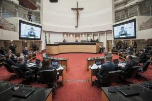 Votação do relatório no tribunal do impeachment é marcada para dia 23