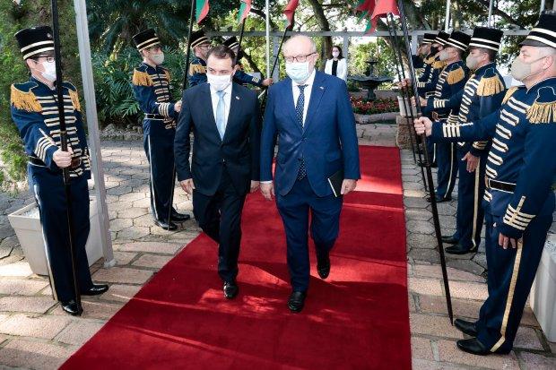 Governador Carlos Moisés apresenta potencialidades de Santa Catarina a embaixador espanhol