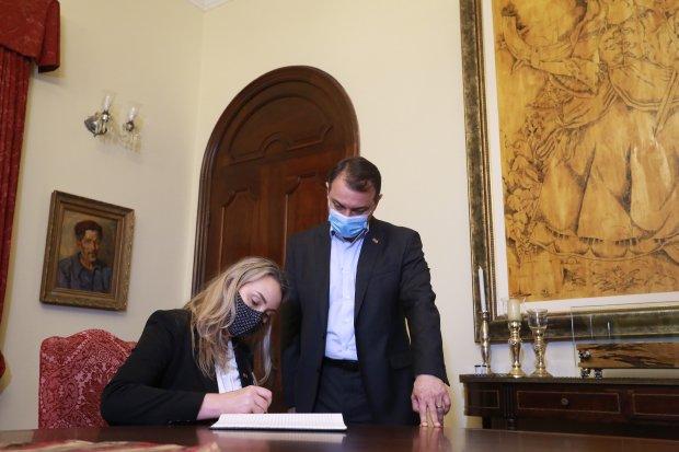 Governadora interina, Daniela Reinehr conclama união da sociedade catarinense