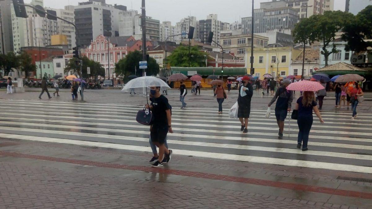 832 novos casos confirmados por Covid-19 é registrado em Florianópolis nesta terça-feira 10