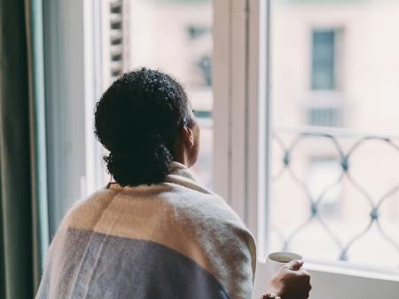 Isolamento social modifica o comportamento alimentar das mulheres brasileiras, revela estudo