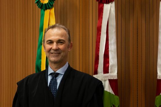 Otávio José Minatto é o novo juiz substituto do Pleno do TRE de Santa Catarina
