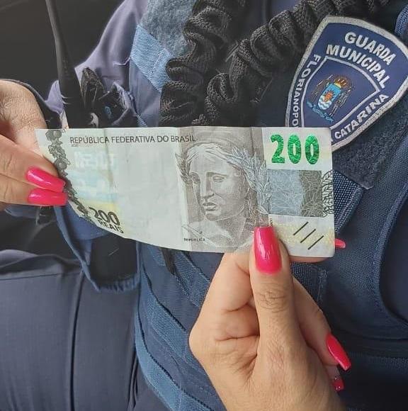 Palhocense é preso no centro de Florianópolis