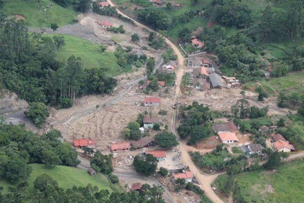 Defesa Civil realiza avaliação nos municípios atingidos pelas enxurradas no Alto Vale.