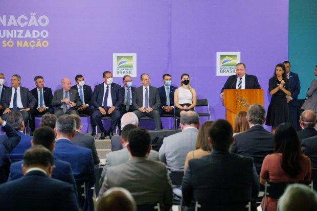 Governador Carlos Moisés lança Plano Estadual de Vacinação contra Covid-19