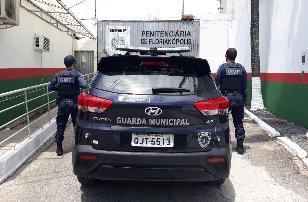 Guarda Municipal de Florianópolis, cumpri mandado de prisão na Capital