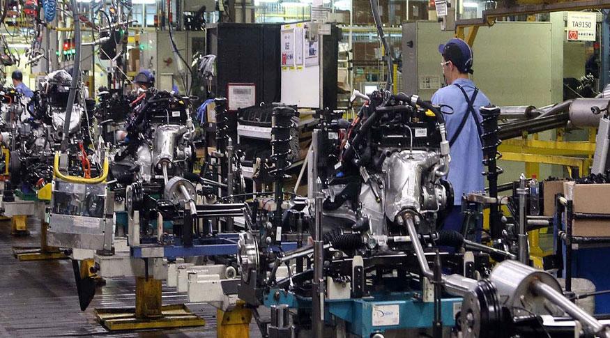 Indústria cresce em 10 dos 15 locais pesquisados em novembro