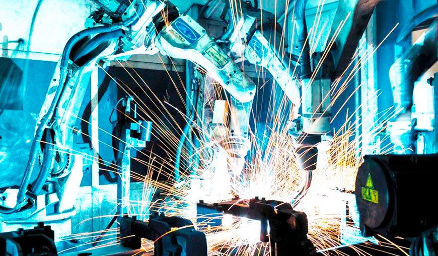 Indústria cresce pelo oitavo mês seguido, mas fecha 2020 com queda de 4,5%