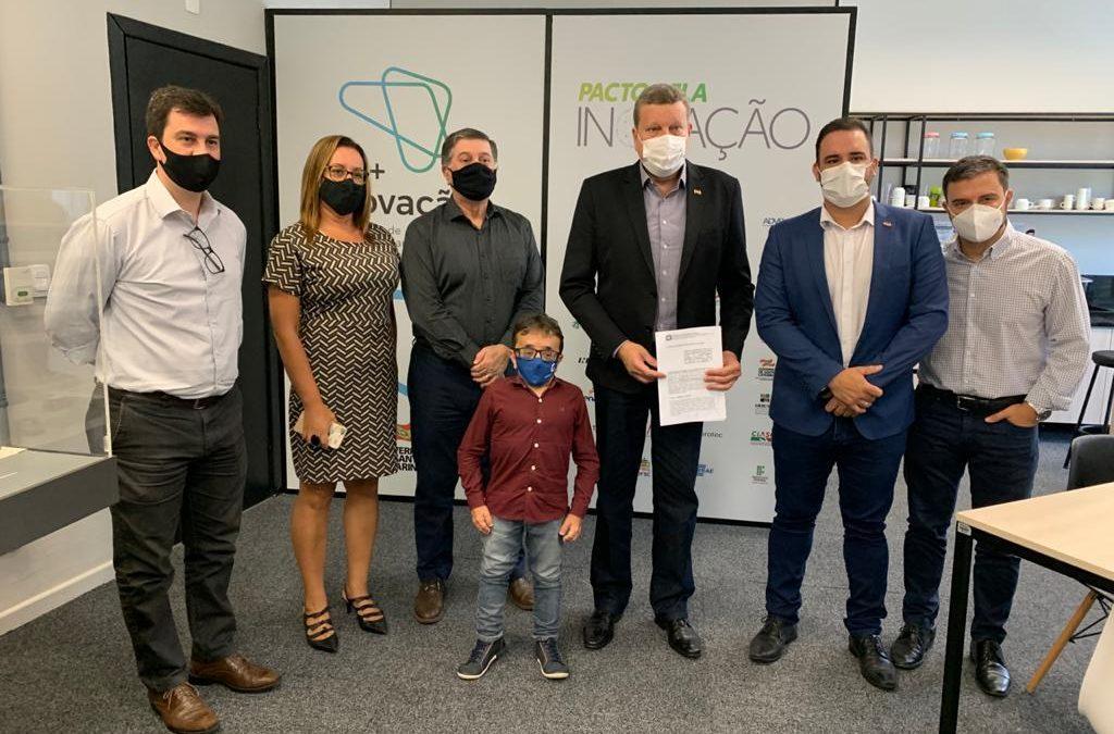 Prefeitura de Florianópolis fecha acordo para municipalização do SINE