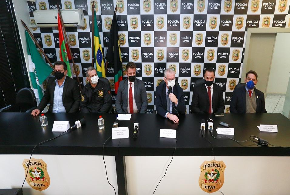 POLÍCIA CIVIL CONCLUI INQUÉRITO SOBRE AS MORTES EM CRECHE EM SAUDADES, NO OESTE DE SC