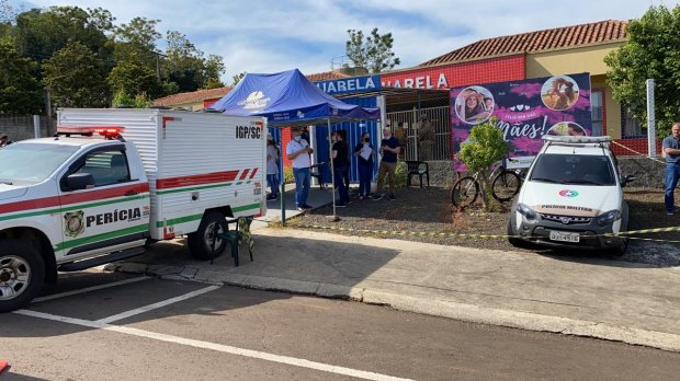 Governadora decreta luto oficial de três dias por mortes em escola de Saudades no oeste catarinense