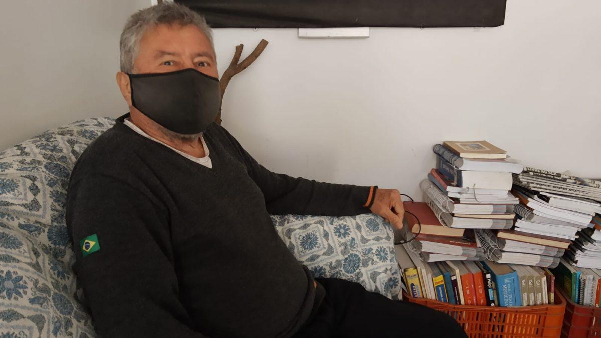 Após falsa promessa de emprego homem de 63 anos, ficar sem ter onde mora em Florianópolis