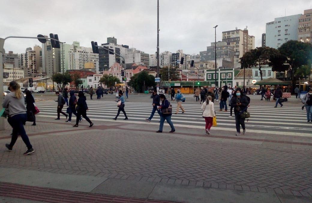 Florianópolis já vacinou 95% das pessoas com mais de 18 anos com pelo menos uma dose